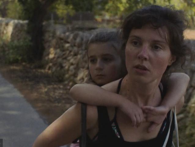 C'est cadeau, le CinéCourt met en ligne 2 moyens-métrages du Fifib