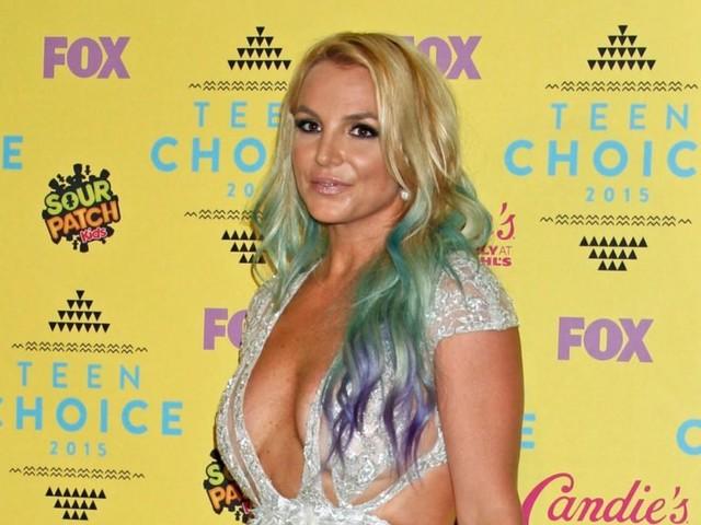 Britney Spears is 38 maar toch blijft ze onder voogdij van haar vader staan