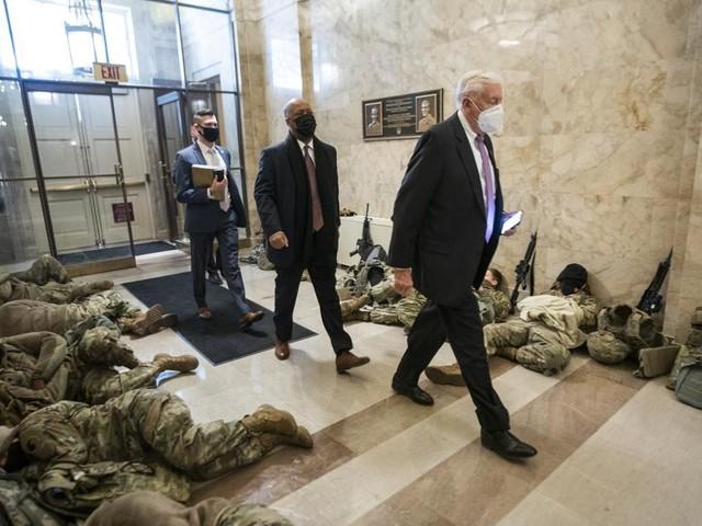 Ook tien partijgenoten helpen Trump te impeachen