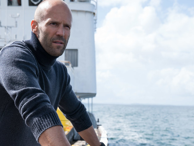 What's on TV Saturday: 'The Meg' and 'The Dirt'