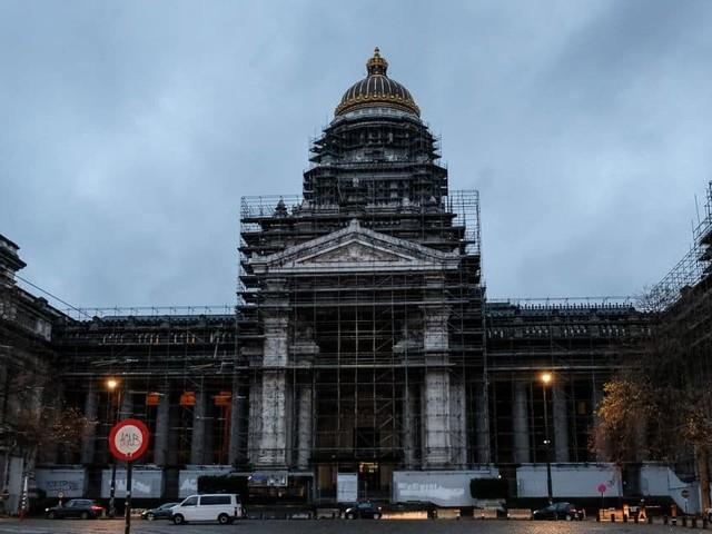 """Bientôt la fin des travaux au palais de justice de Bruxelles? """"Si nous avions été au Sénat, la rénovation aurait déjà eu lieu"""""""