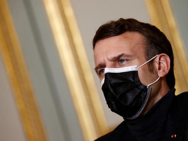 """Coronavirus : qu'est-ce que le """"pass sanitaire"""" envisagé par Emmanuel Macron ?"""