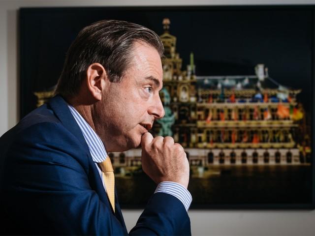 """INTERVIEW. Bart De Wever: """"Ik had nooit mogen zeggen dat ik premier wilde worden"""""""