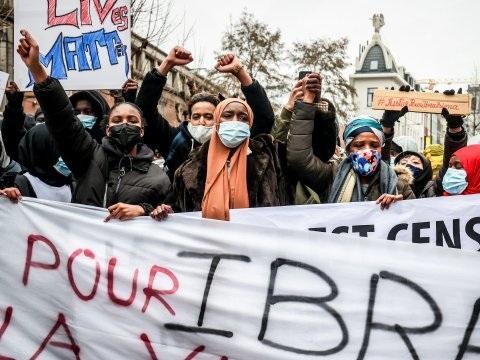 Politie weer mikpunt van rellen in Brussel