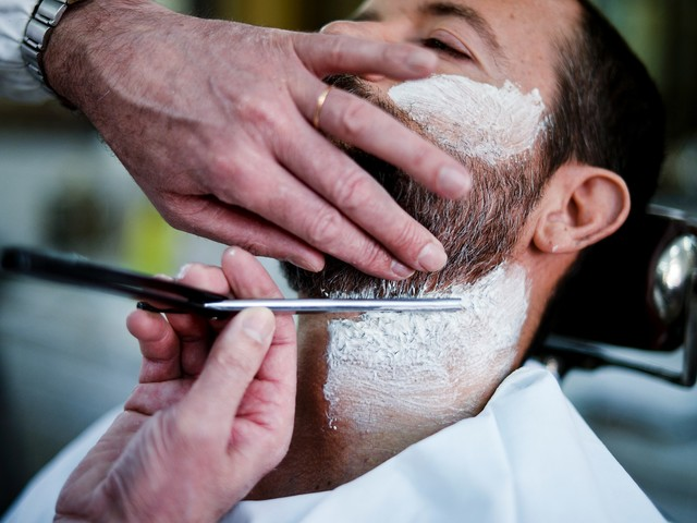 Coronavirus : Patrick Pelloux déconseille le port de la barbe et de la moustache