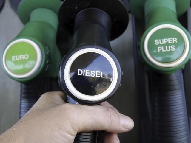 Mauvaise nouvelle à la pompe: le diesel sera en hausse à partir de ce mardi!