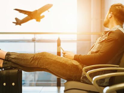 Insolite : des faux départs en avion pour les personnes en manque de voyages