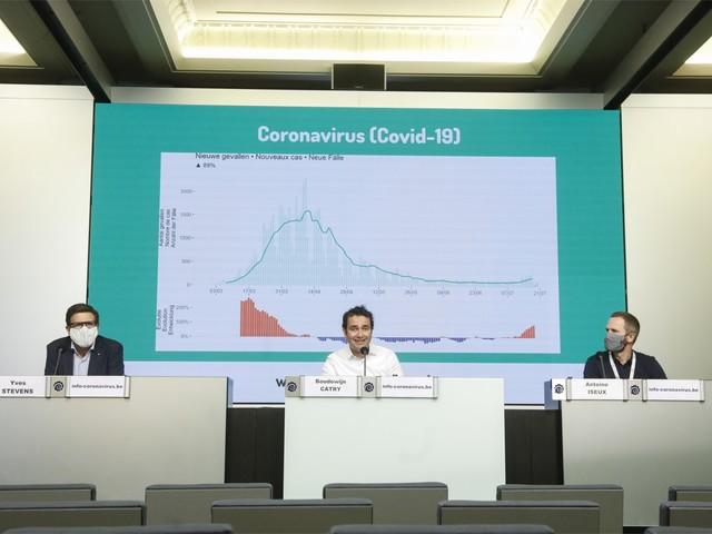LIVE. Crisiscentrum geeft persconferentie over coronavirus