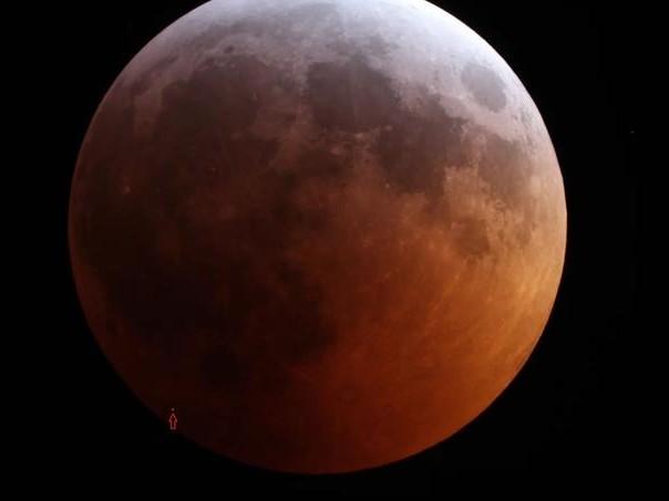 Une météorite a frappé la Lune en pleine éclipse