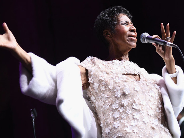 'Seriously Ill' Aretha Franklin Visited by Luminaries, While Others Pay Tribute