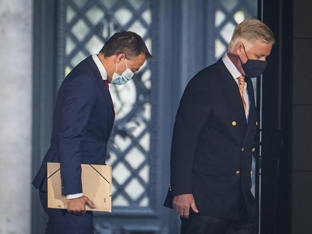 Koning verlengt opdracht van Open Vld-voorzitter Egbert Lachaert