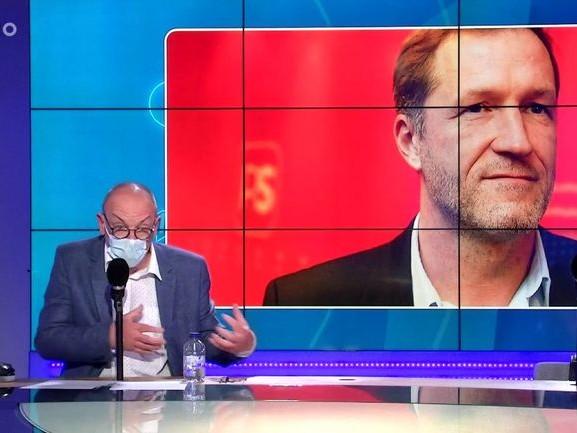 Chronique découverte - Accord salarial : le Waterloo du Boulevard de l'Empereur ? - 07/05/2021
