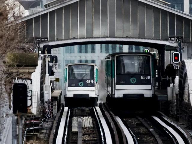 Un homme aspergé d'un liquide inflammable à Paris: le suspect à l'infirmerie psychiatrique