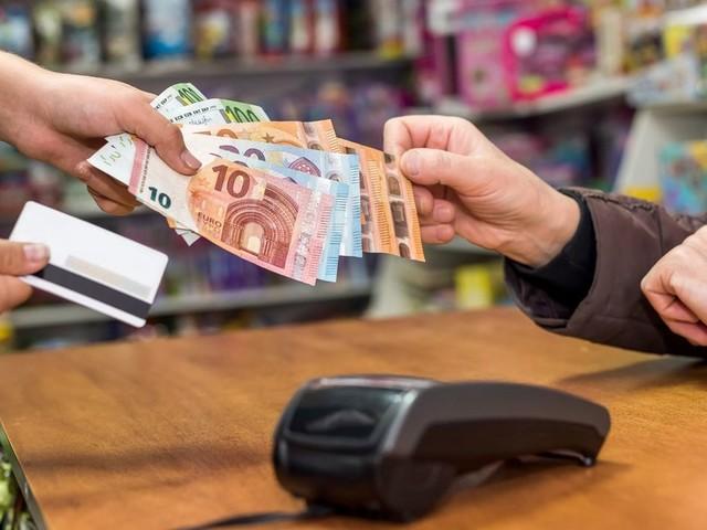 Vous perdez plus d'argent avec vos cartes qu'avec du cash