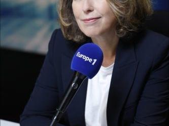 """Dimanche sur Europe 1, Pascale Clark part """"En balade"""" avec Liliane Rovère."""