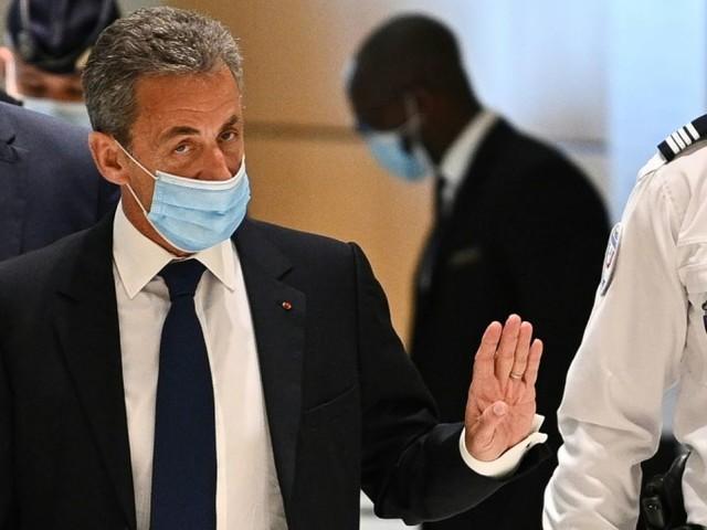 Sarkozy n'exclut pas d'aller devant la CEDH après sa condamnation