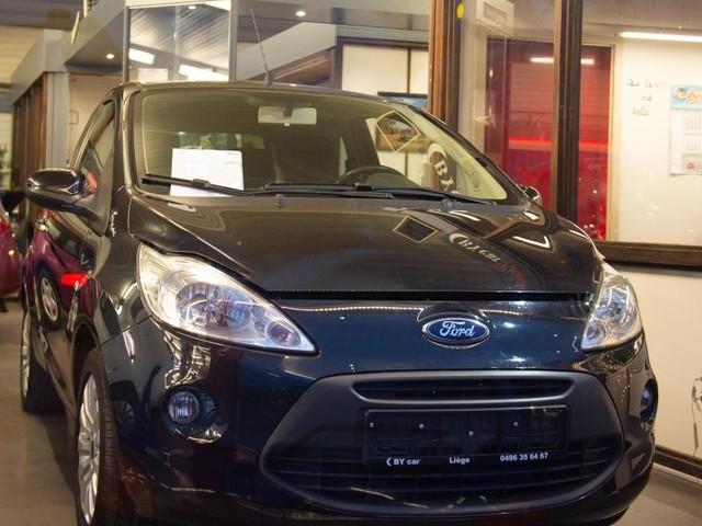 Laurence a touché 400€ pour envoyer sa Ford à la ferraille...: «Le garagiste revend ma voiture, annoncée bonne pour la casse»