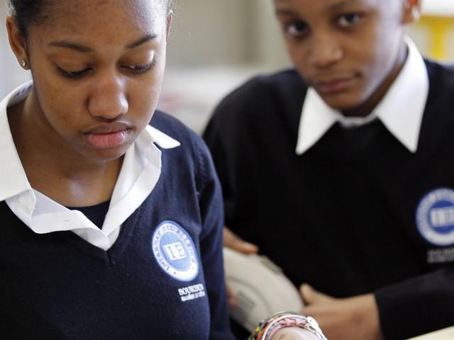 """Éducation : l'uniforme """"suscite une sorte d'émulation"""", affirme Éric Brunet"""