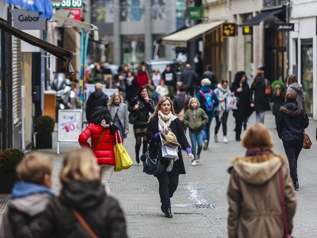 """Meerderheid lokale handelaars ziet webwinkel als iets tijdelijks: """"Belgisch geld dreigt naar buitenland te vloeien"""""""