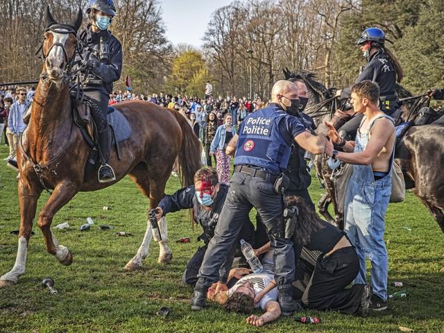 """Organisatoren La Boum 2: """"Als het uit de hand loopt, zal het net zijn omdat het verboden is"""""""