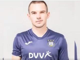 Anderlecht stelt Oekraïense aanwinst Mykhaylychenko officieel voor