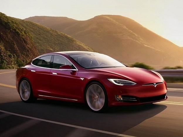 Le plein d'électricité bientôt bien plus cher que l'essence sur autoroute