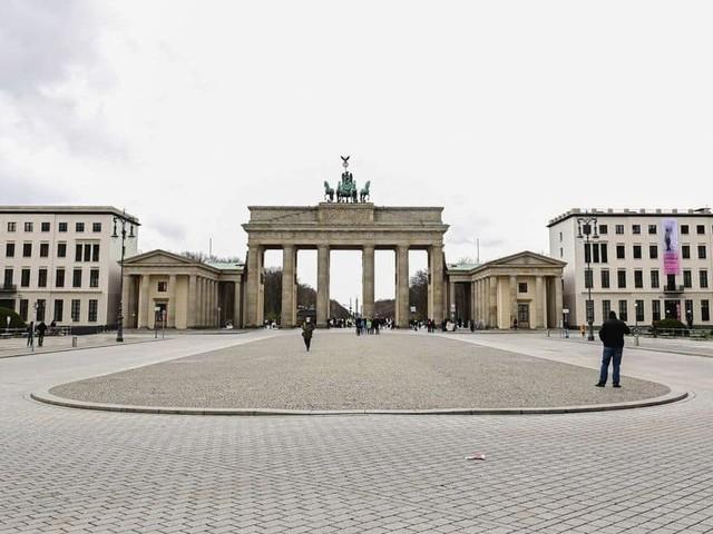 l'Allemagne prévoit un accès aux vaccins pour tous les adultes dès juin