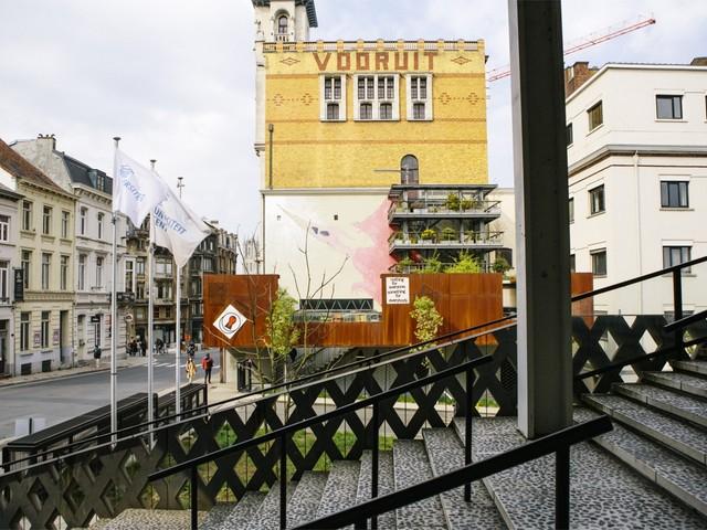 De Vooruit is nog niet dood: nieuw overleg over naam kunstencentrum
