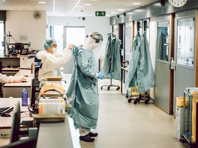 Ziekenhuisopnames en coronabesmettingen zetten stijgende trend voort