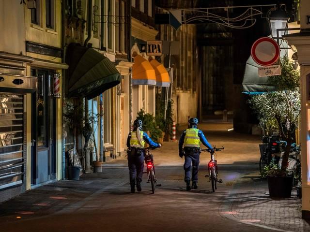 Nu pas avondklok in Nederland: wat hield onze noorderburen tegen?