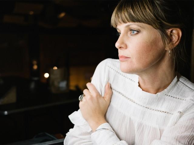 """En plots is drumster Isolde Lasoen ook presentatrice: """"Het was direct voor echt"""""""