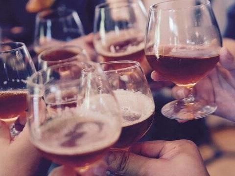 Cancer : L'OMS recommande de doubler les taxes sur l'alcool en Europe