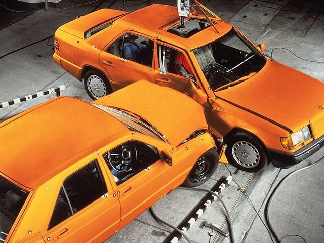 Les Belges paient trop cher leur assurance auto: plus de la moitié des Belges pourraient économiser en changeant de compagnie