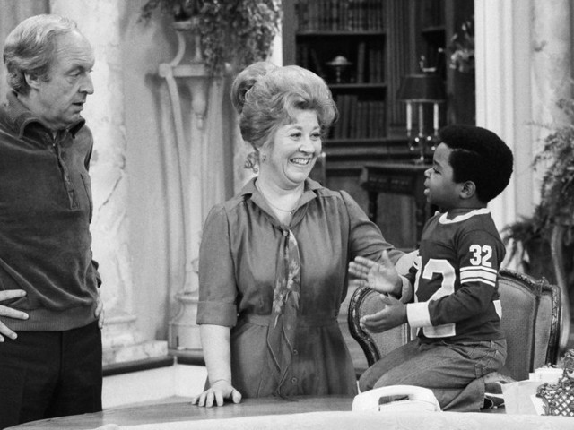 Charlotte Rae of 'The Facts of Life' and 'Diff'rent Strokes' Dies at 92