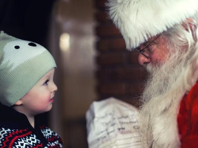 Comment gérer l'impatience des enfants à deux semaines de Noël ?