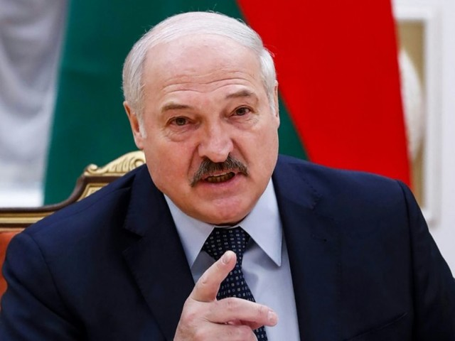"""Le Bélarus dénonce les sanctions occidentales """"destructrices"""", s'emporte contre Berlin"""