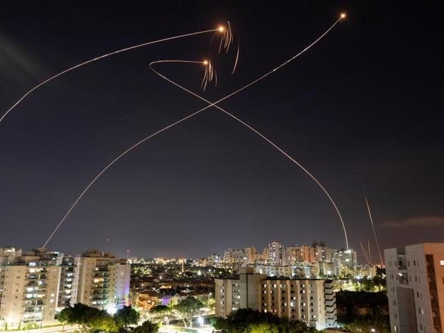 Conflit israélo-palestinien: plus de 100 morts à Gaza, tirs de trois roquettes du sud du Liban vers Israël
