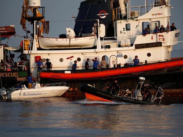 125.000 euro betaald voor redden van 27 migranten?