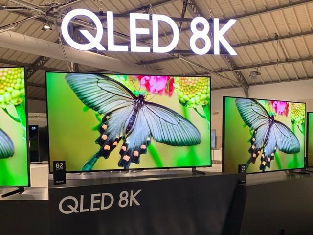 Nouveaux QLED 8K : Samsung dévoile un téléviseur 98 pouces... à 98 000 euros