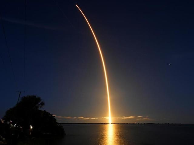 Inspiration4: les touristes spatiaux américains «heureux» et «en bonne santé», assure SpaceX