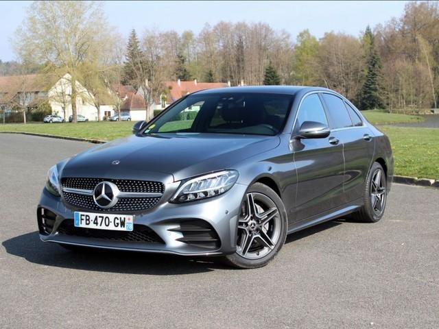 """Mercedes C200: la Classe """"premium"""""""