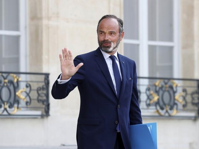 Volledige Franse regering neemt ontslag, 'komende uren' al nieuwe premier