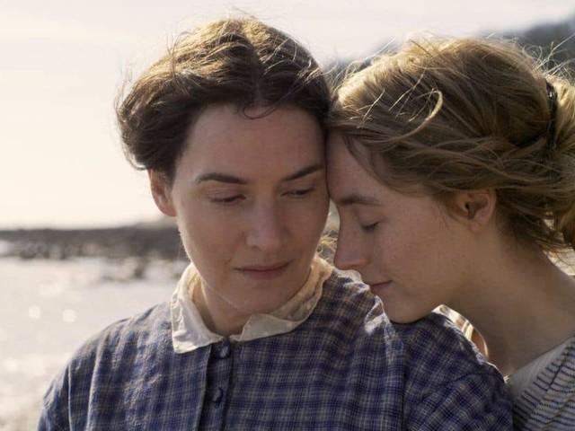 """L'actrice du cultissime Titanic Kate Winslet dans une torride scène LGBT : """"avoir l'opportunité de montrer mon corps, à mon âge et après avoir eu trois enfants ? Sacré challenge !"""""""