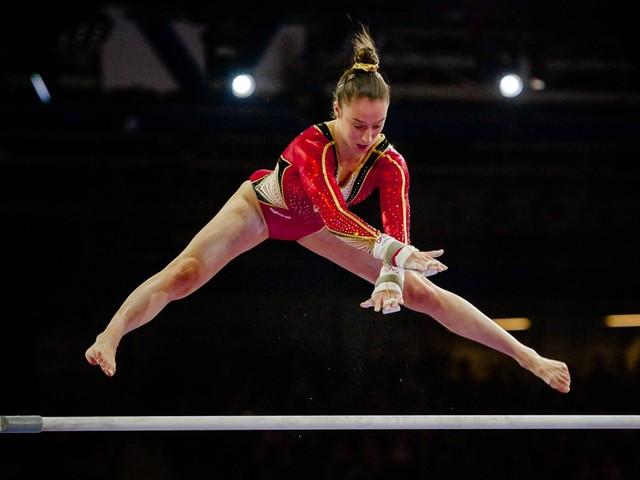 Nina Derwael toont nieuwe oefening waarmee ze in Tokio goud wil halen: 'Ik was achteraf vooral heel opgelucht'