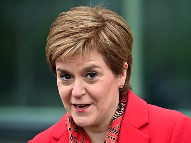 Les indépendantistes écossais remportent les élections et réclament un référendum