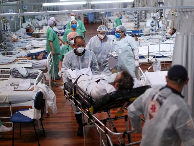 Covid-19 : Hors de contrôle, la flambée au Brésil suscite des craintes dans la région