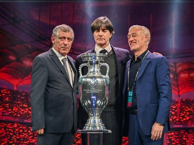 """Euro 2020 : """"Il faudra être au top"""", réagit Deschamps après le tirage"""