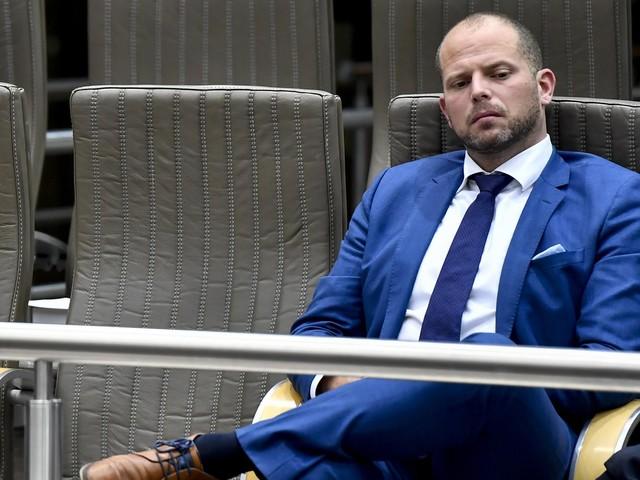 Francken blijft weg in commissie over affaire-Kucam