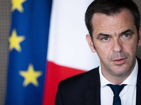 Vaccination: Les soignants non vaccinés au 15septembre «ne seront plus payés», annonce Olivier Véran