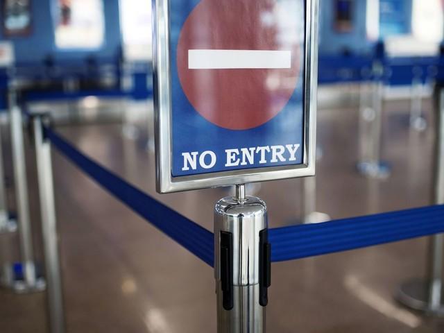 Coronavirus: la Belgique répond à la Commission, justifie son interdiction des voyages non essentiels